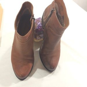 LUCKY BRAND OVER ANKLE BOOT